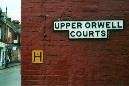 Ipswich Historic Lettering: Upper Orwell Courts