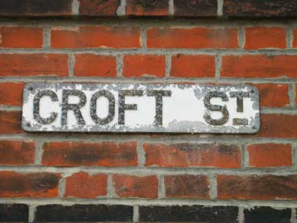 Ipswich Historic Lettering: Croft St sign