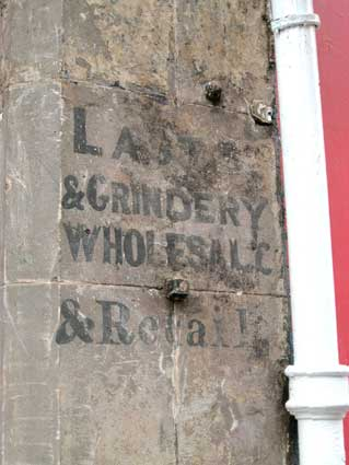 Ipswich Historic Lettering: Edinburgh 15