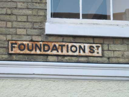 Ipswich Historic Lettering: Foundation St sign