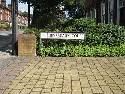 Ipswich Historic Lettering: Devereaux Court 1