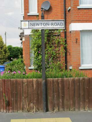 Ipswich Historic Lettering: Newton Rd sign 2
