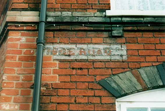 Ipswich Historic Lettering: Nottidge Rd sign