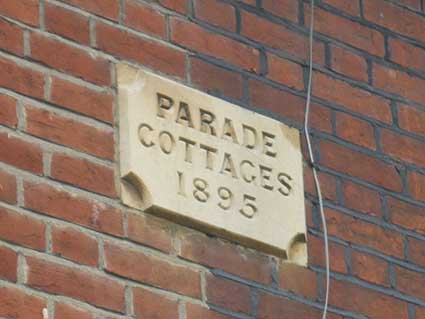 Ipswich Historic Lettering: Parade Cottages 1