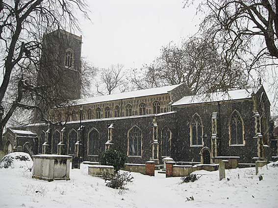 Ipswich Historic Letering: St Clement Church in the snow 2018