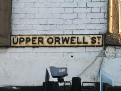 Ipswich Historic Lettering: Upper Orwell St sign
